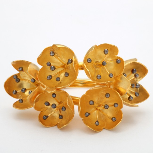 BUTTERCUP RING FRONT