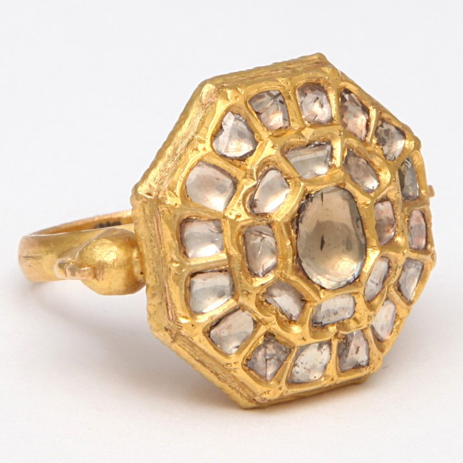 Portrait Diamond Ring FRONT